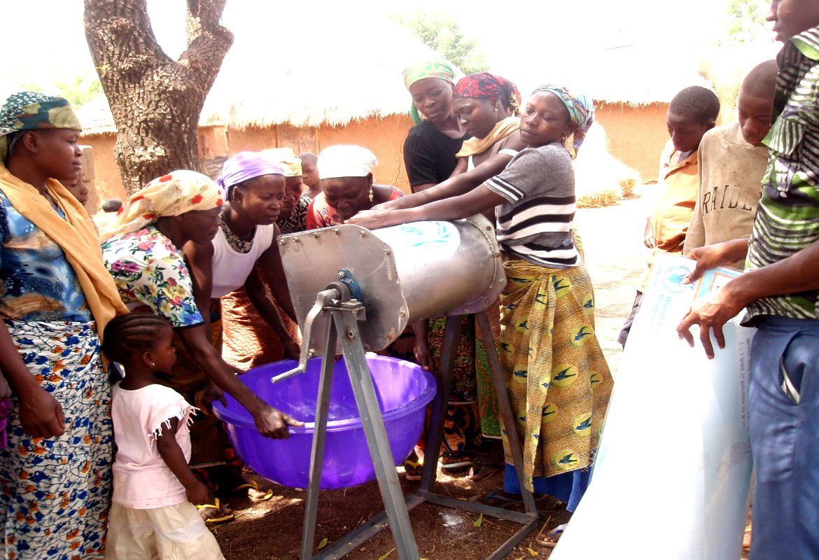 Training of Farmers in the Use of Food Processing Equipment